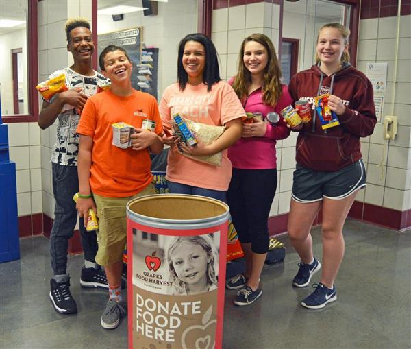 Annual Food Fight collects food for more than 39,000 meals