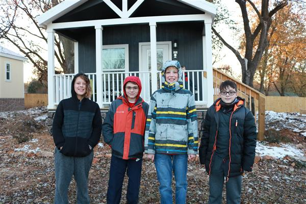 Springfield Scholars volunteer at Eden Village