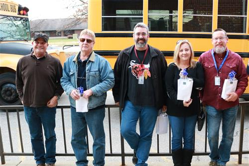 Power of 1 Team: Disney students celebrate their bus drivers with special Clap Out