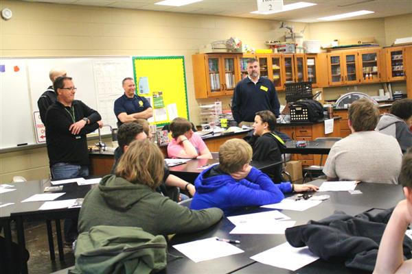 300 Parkview freshmen explore industries, meet professionals at career event