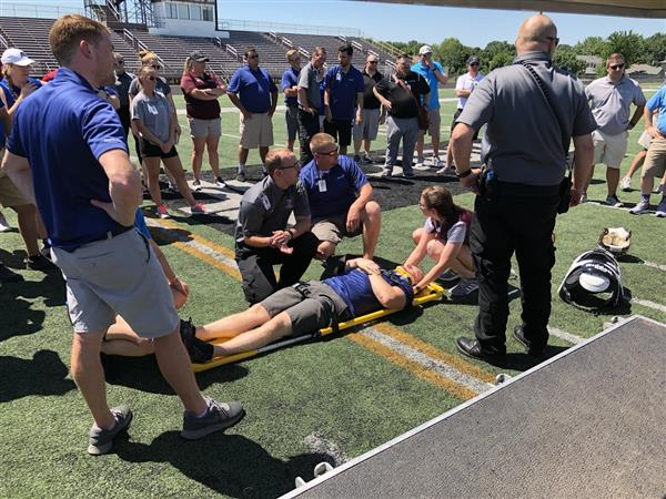 KHS hosts Mercy Sports Medicine athletic trainer drill to keep students safe