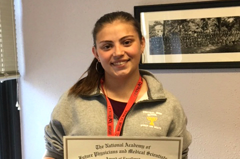 CHS senior represents Missouri at national Future Medical Leaders conference